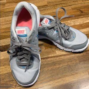 Nike Revolution 2 Running Shoes
